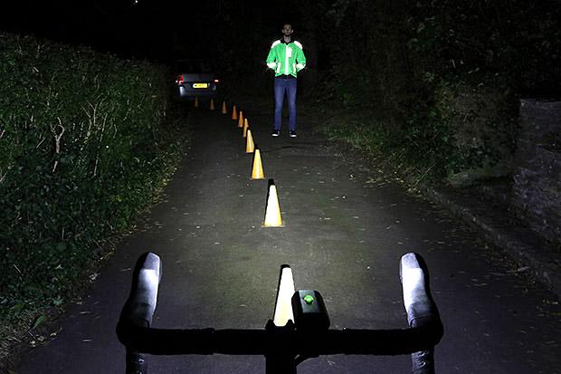 Lezyne Macro Drive 1100XL Kit LED Front Headlight Bicycle Light Black 1100 Lumen
